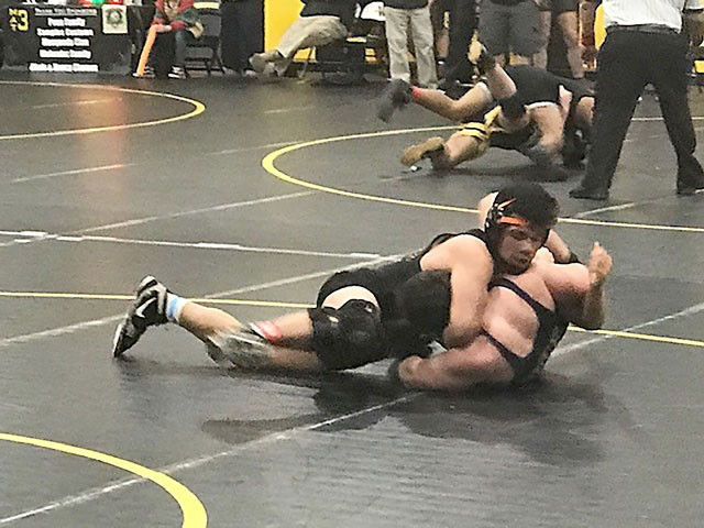 Wrestling | South County wrestlers place at Apple Cider